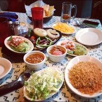Foto scattata a Cactus Cantina da Joe R. il 11/26/2012