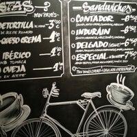 Снимок сделан в La Bicicleta Café пользователем Judith G. 1/11/2013