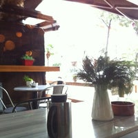11/30/2012 tarihinde Nes Q.ziyaretçi tarafından Coffeeco'de çekilen fotoğraf