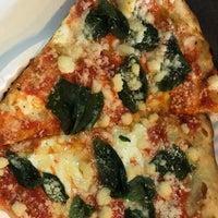 Снимок сделан в Champion Pizza - Ludlow пользователем Jimmy L. 10/22/2018
