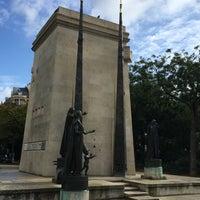 Das Foto wurde bei Monument des Droits de l'Homme von Katrin P. am 9/30/2017 aufgenommen