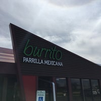 Foto tomada en Burrito Parrilla Mexicana por Daniel M. el 4/22/2017