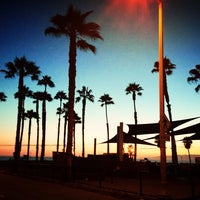 Foto tomada en Santa Monica State Beach por Alinochka S. el 8/28/2013