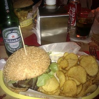 Foto scattata a Bernie's Diner da gmonte il 10/6/2013