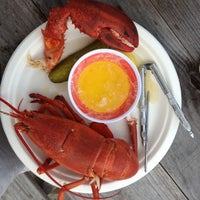 Photo taken at McLoons Lobster Shack by Annie H. on 7/18/2013
