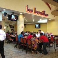 รูปภาพถ่ายที่ Los Hornillos โดย Omar H. เมื่อ 4/7/2013