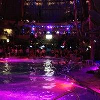 Das Foto wurde bei The Pool After Dark von Alec K. am 6/22/2013 aufgenommen