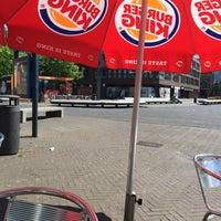 รูปภาพถ่ายที่ Burger King โดย Танечка И. เมื่อ 6/19/2016