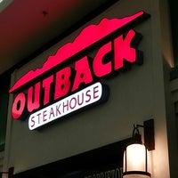 4/26/2013에 Tamiris L.님이 Outback Steakhouse에서 찍은 사진