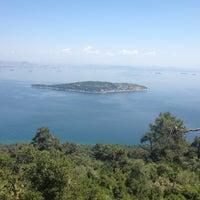 5/16/2013 tarihinde Anna G.ziyaretçi tarafından Yücetepe Kır Gazinosu'de çekilen fotoğraf
