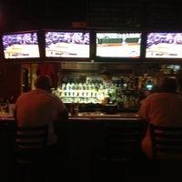 Foto diambil di Winking Lizard Tavern oleh Sharon P. pada 6/21/2013