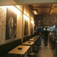 11/22/2012 tarihinde Igor M.ziyaretçi tarafından Rock 'n' Roll Burger'de çekilen fotoğraf