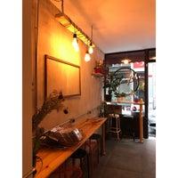Photo prise au Plan B Eatery par 🦋AziN F. le9/7/2018