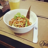 Foto tirada no(a) Jui Restaurante por Veronica M. em 6/9/2014