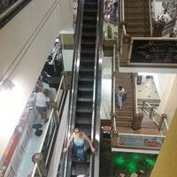 Foto tirada no(a) Atlântico Shopping por Gustavo B. em 2/1/2013