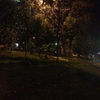 Das Foto wurde bei Praça Elis Regina von Vitor M. am 10/3/2012 aufgenommen