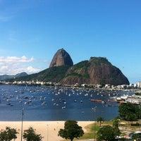 Foto tirada no(a) Botafogo Praia Shopping por Paulo F. em 4/25/2013