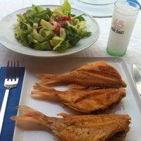 11/4/2012 tarihinde Arda Anarziyaretçi tarafından Karina Balık Restaurant'de çekilen fotoğraf