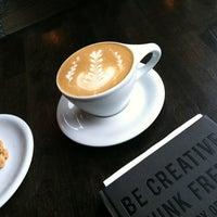 Foto scattata a Quay Coffee da Stephanie V. il 3/3/2013