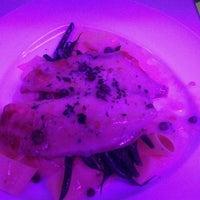 8/31/2013에 slick n.님이 Savoy Restaurant에서 찍은 사진