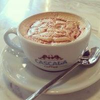 Das Foto wurde bei Cascada Coffee von İhsan Berat am 4/17/2015 aufgenommen