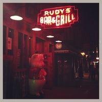 Foto diambil di Rudy's Bar & Grill oleh Jeb R. pada 5/3/2013