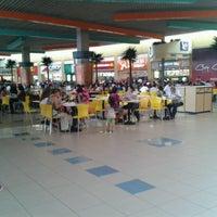 Foto tomada en Mall del Sur por Solange M. el 4/8/2013