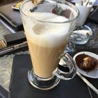 Снимок сделан в Benelux Chocolate пользователем Tuncer B. 9/19/2016