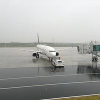 Photo prise au Iwakuni kintaikyo Airport (IWK) par Кэндзи le6/14/2013