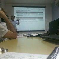 Foto tirada no(a) Cubo Tecnologia por Fabiana T. em 10/6/2012