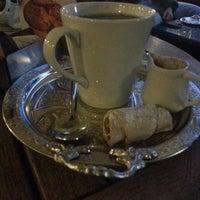 Foto diambil di Mocaco Coffee oleh Nuray pada 3/22/2013