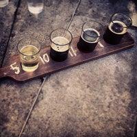 Foto tirada no(a) Harts Pub por Jay A. em 9/22/2012