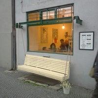 Foto tirada no(a) Moment Cafe por Eduardo em 7/11/2013
