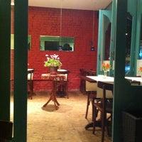 Foto tirada no(a) Sotto Caffè Bistrô por Denise C. em 3/2/2013