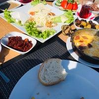 10/11/2018 tarihinde Ahmad K.ziyaretçi tarafından Teleferik Cafe & Restaurant'de çekilen fotoğraf