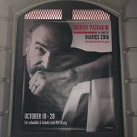 Foto scattata a Connelly Theater da Becky L. il 10/28/2018