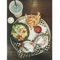 Foto diambil di Union Burger oleh Marielle P. pada 8/24/2014