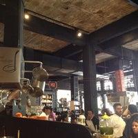 Foto diambil di Mercado Roma oleh Alexandre C. pada 8/22/2014