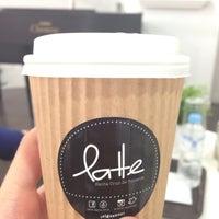 Foto tirada no(a) Latte por Misael H. em 7/11/2013