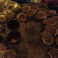 รูปภาพถ่ายที่ Mermaid Oyster Bar โดย Chris เมื่อ 1/2/2013