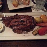 รูปภาพถ่ายที่ Taste of Texas โดย Ivan A. เมื่อ 11/11/2012