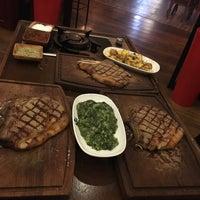 Foto tomada en Beş Bıçak Steakhouse - Kasap por Sefa C. el 10/7/2017