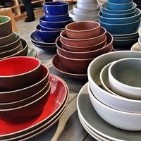 Photo prise au Heath Ceramics par ahleesue le1/20/2013