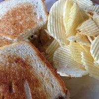 Foto diambil di Hammontree's Grilled Cheese oleh Leslie H. pada 2/19/2013