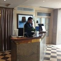 Das Foto wurde bei Hotel Duquesa de Cardona von Santi O. am 3/26/2013 aufgenommen