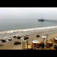 Photo prise au Malibu Beach Inn par Stephen T. le3/19/2013