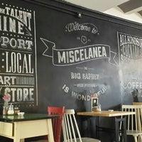7/12/2013에 Birce Didar T.님이 Miscelanea Gallery-Shop-Café에서 찍은 사진