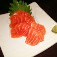 รูปภาพถ่ายที่ Sushi Ota โดย Roger M. เมื่อ 12/16/2012
