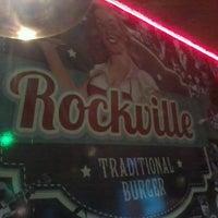 Foto tirada no(a) Rockville Traditional Burguer por Junior C. em 4/17/2013