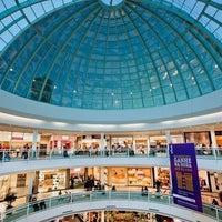 Foto tirada no(a) Flamboyant Shopping por Rayan R. em 10/8/2012